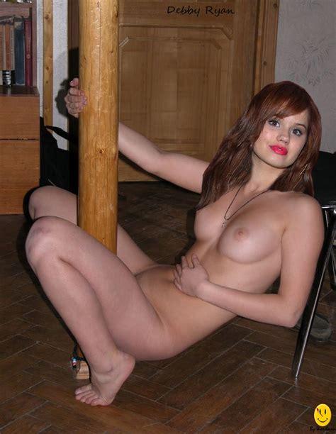 Nude Worlds Celebrity Debby Ryan Nude