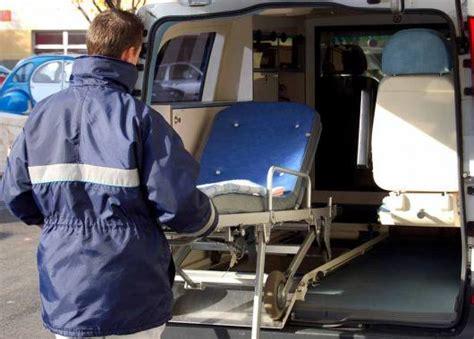 auxiliaire ambulancier salaire auxiliaire ambulancier auxiliaire ambulanci 232 re m 233 tier 233 tudes dipl 244 mes salaire formation