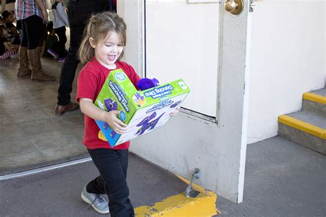 santa comes early for diocesan preschool classrooms the 397 | WEB IMG 1992