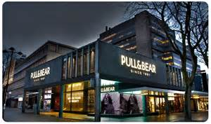Pull and Bear Store