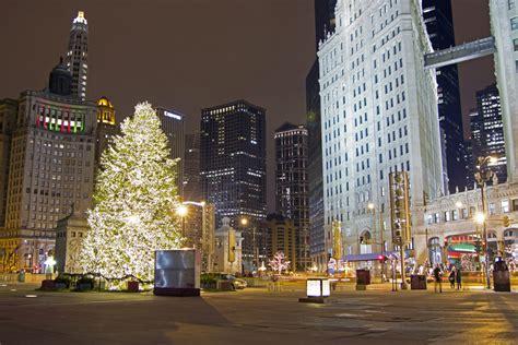chicago holiday    windy city vine vera stores