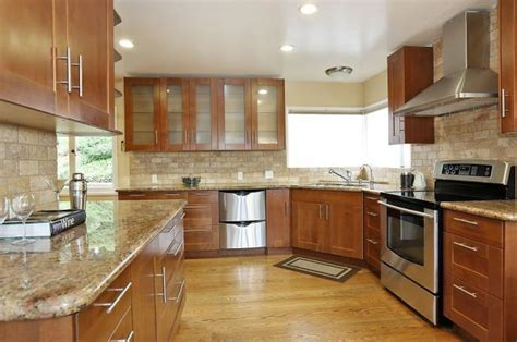 what color wood floor goes with oak cabinets the best paint colours to go with oak or wood trim