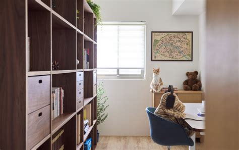 A Vintage Inspired House With Lots Of Space For Kitties by A Vintage Inspired House With Lots Of Space For Kitties
