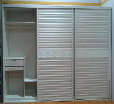 Many Kinds Of Louvered Sliding Closet Doors Chocoaddicts