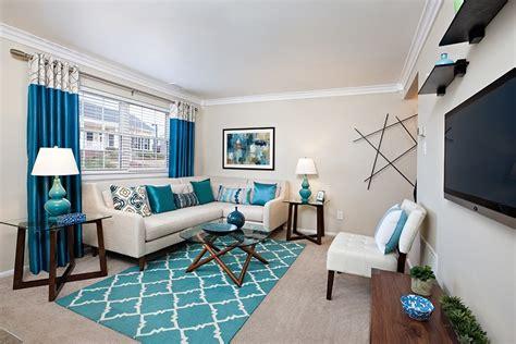 decorate  apartment   budget  easy