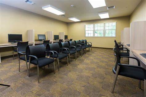 river oaks treatment center information  reviews