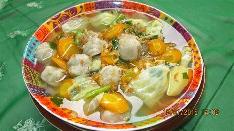 Resep sayur sop dapat diterima oleh semua golongan masyarakat. Resep Sop Sayur Bakso yang Enak dan Praktis ~ Dapur Onlineku