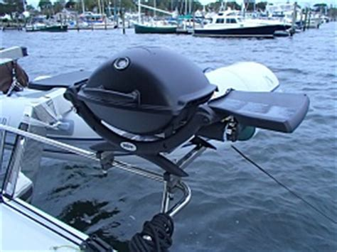 Weber Boat Grill by Weber Q1200 Grill On A Boat Cruisers Sailing Forums