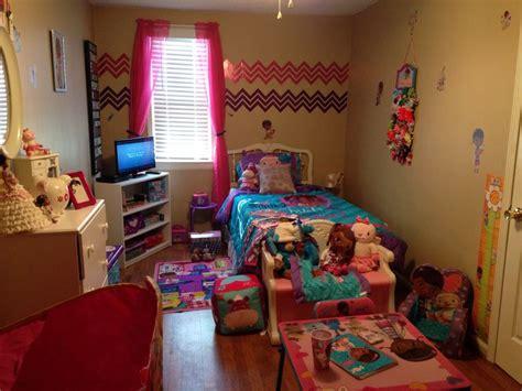 doc mcstuffins bedroom ideas 1000 images about doc mcstuffins bedroom on