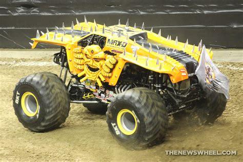 monster truck jam ta monster jam show dayton max d truck the news wheel