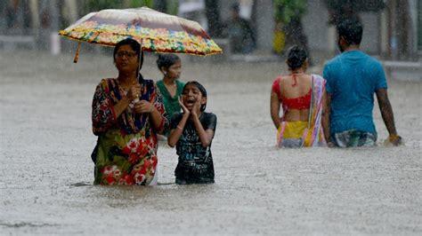 indien monsun  suedasien mehr als tausend tote