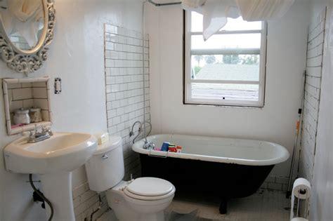 Small Bathroom Ideas Clawfoot Tub by Bathroom Tub For Small Bathrooms With Shower Combo