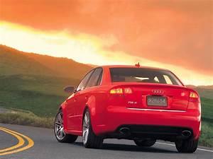 Audi Rs 4 : automotive database audi rs4 ~ Melissatoandfro.com Idées de Décoration