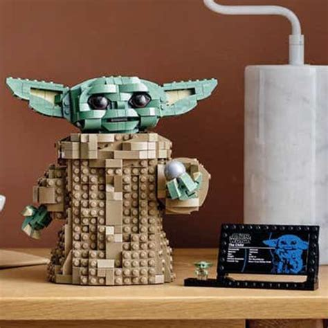 LEGO Just Unveiled a Baby Yoda Building Set With a Posable ...