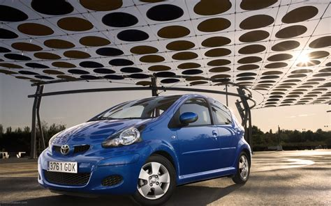Free Car Wallpapers Automobiles Toyota by Toyota Aygo 2009 Widescreen Car Wallpapers 02 Of 6