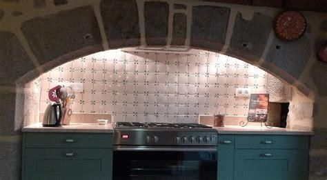 carrelage cuisine 10x10 faïence et carrelage mural de cuisine carreaux