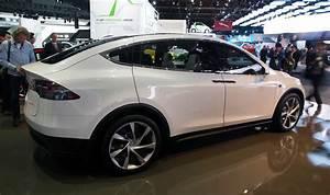 Modele X Tesla : tesla model x reservations 20 000 strong and counting autoblog ~ Medecine-chirurgie-esthetiques.com Avis de Voitures