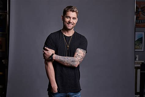 Riser Brett Young Holds Nothing Back, Onstage And Off