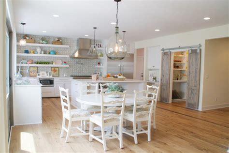 picture of kitchen designs from rustic to chic 15 kitchens with barn door accents 4191