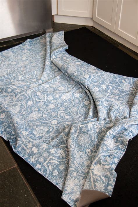 Washable Rugs by Machine Washable Area Rugs Yes It S Possible Decor Hint