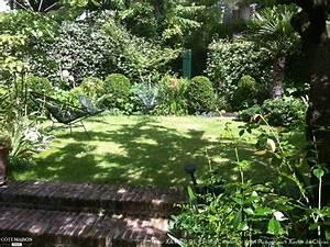 Terrasse En Anglais : un tr s petit jardin plant d 39 un abricotier de roses d 39 iris de buis avec une terrasse en ~ Preciouscoupons.com Idées de Décoration