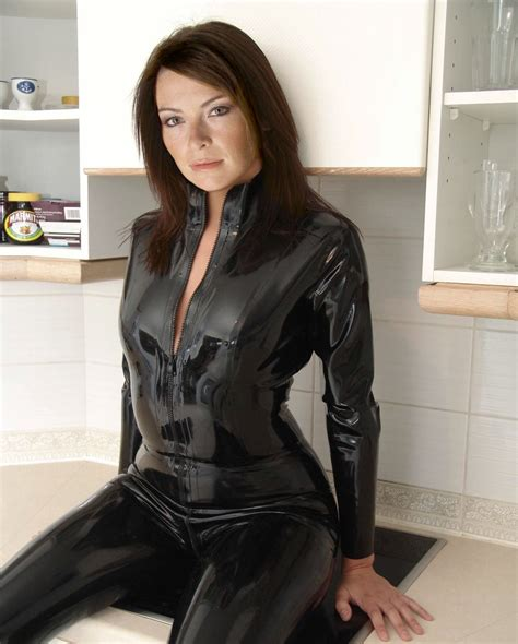suzi perry photo gallery page  celebs placecom