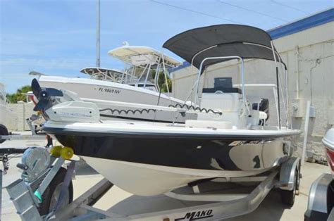 Used Mako Bay Boats For Sale by 2014 Used Mako Boats 21 Lts Bay Boat For Sale 31 895