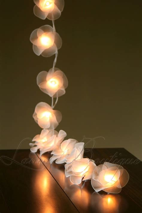 20 White Nylon Rose Flower Battery Powered Led String