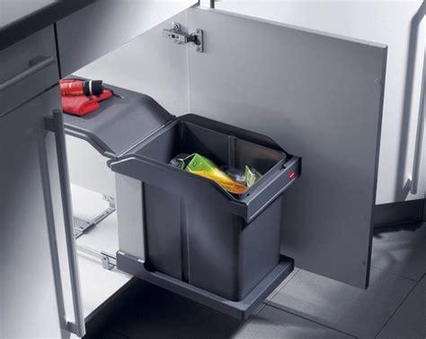 hailo poubelle cuisine hailo 3632 hailo ms swing 30 1 20 poubelle encastrable coulissante pour porte à