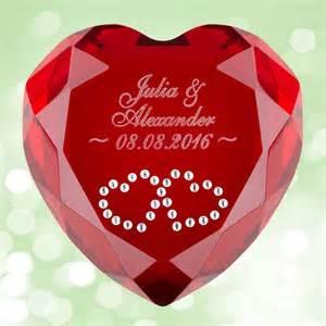 geschenke zum hochzeitstag herz diamant mit gravur