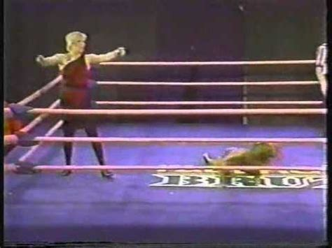 Tina ferrari glow hollywood (page 1) glow the gorgeous ladies of wrestling prowresblog: TINA FERRARI VS NINOTCHKA FOR THE GLOW CROWN - YouTube