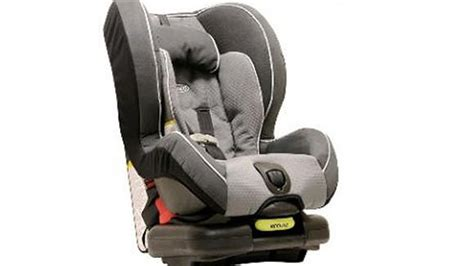 graco recalling 3 8 million child safety seats due to bad