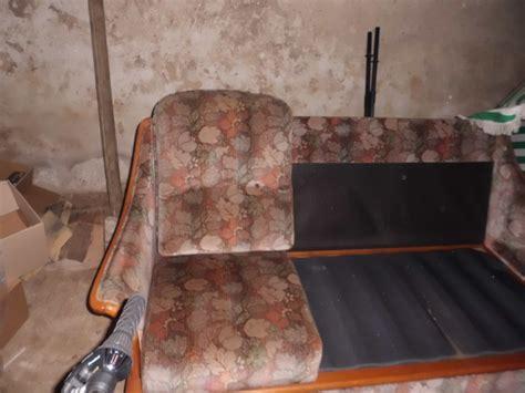 relooker un canapé en tissu relooké un vieux canapé possible