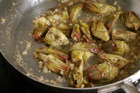 comment cuisiner un artichaut comment cuisiner les artichauts 28 images cuisiner