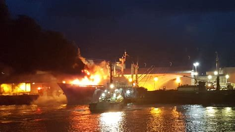 Fishing Boat Fire Nz by Three People Taken To Hospital After Fire On Fishing Boat