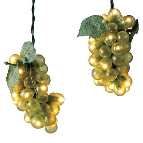wine grape lights the green head