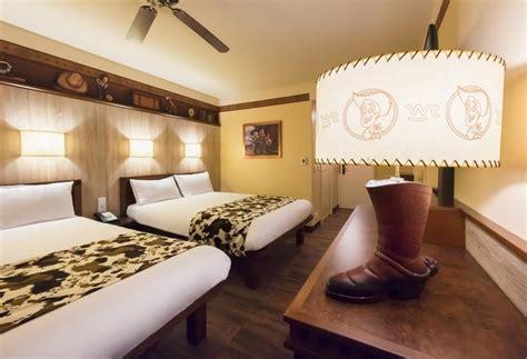 chambre hotel cheyenne disney 39 s hotel cheyenne à disneyland à partir de 99