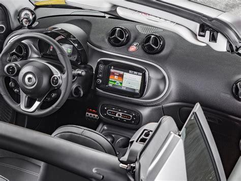 interni smart smart fortwo cabrio foto panoramauto
