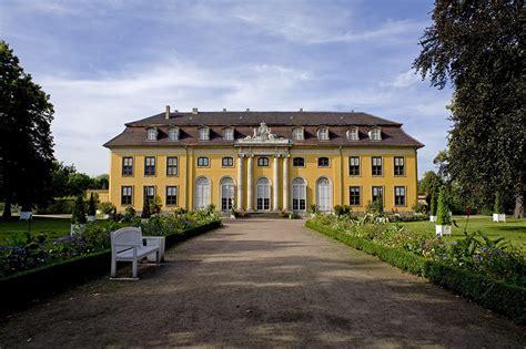 Garten Kaufen Dessau by Schloss Mosigkau Foto Bild Deutschland Europe