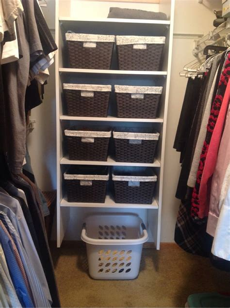 Diy Walk In Closet Organization Ideas by Small Walk In Closet Organization Do It Yourself For