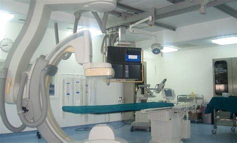 salle de catheterisme cardiaque salle de catheterisme cardiaque 28 images coronarographie et angioplastie coronaire 224 lyon