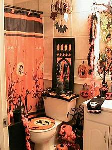 Halloween bathroom stuff autumn pinterest for Halloween bathroom decor