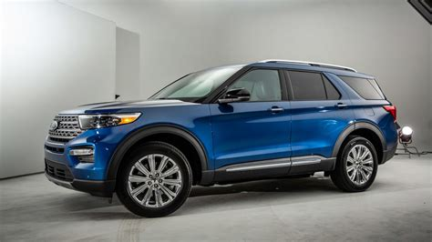 2020 Ford Explorer Hybrid Shoots For Extreme Range At