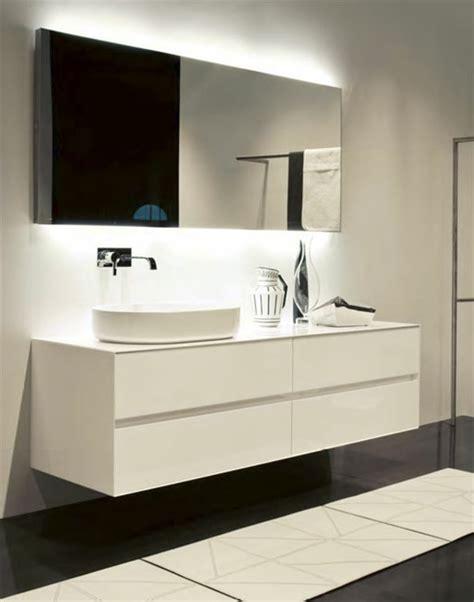 Spiegel Indirekte Beleuchtung by Led Indirekte Beleuchtung F 252 R Ein Exklusives Badezimmer