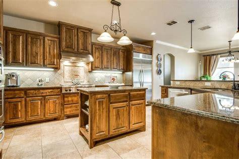 craftsman kitchens     loving natural wood