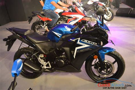 cbr 150r black price honda cbr 150r launched in india with new colors and stickers