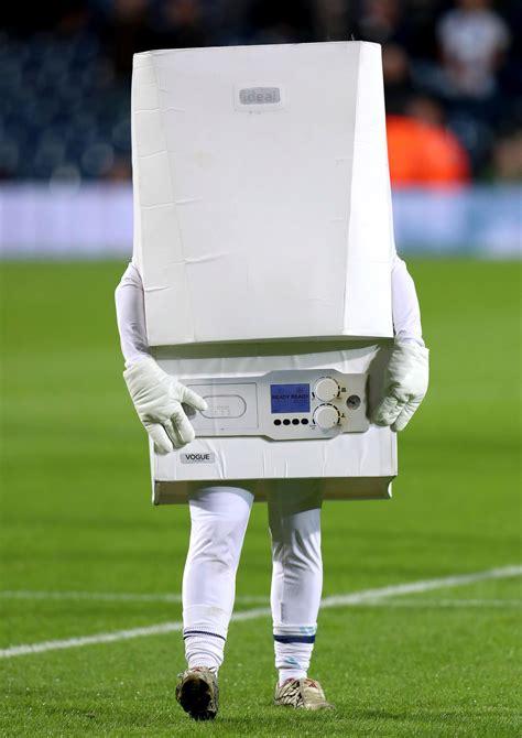 Liverpool West Ham vs Mascots