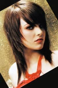 idã e de coupe de cheveux coupe de cheveux mi avec frange effilée