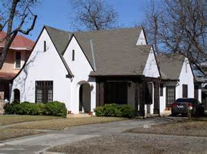 Curved Porch Roof by Tudor Revival Architectural Styles Of America And Europe