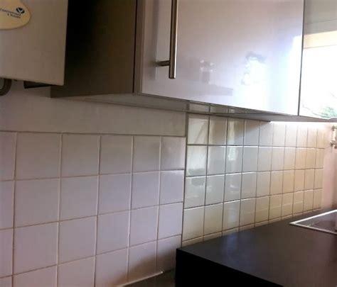carrelage auto adh if cuisine adhesif carrelage mural cuisine maison design bahbe com